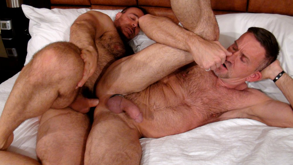 Brad Kalvo And Matt Sizemore – Barebackthathole